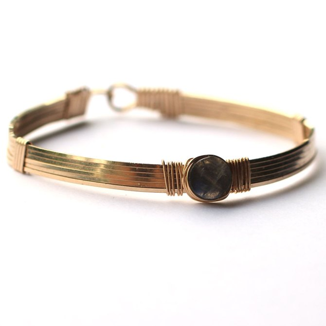 labradorite-gold-wire-wrapped-bangle-bracelet