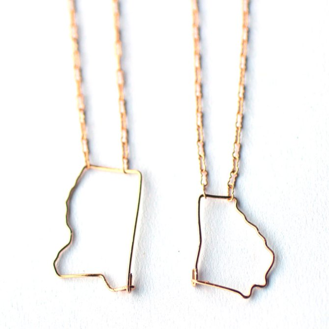state-outline-wire-necklace-handmade