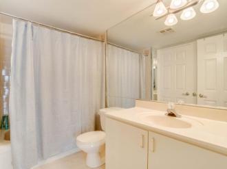 131 Beecroft Rd Bathroom