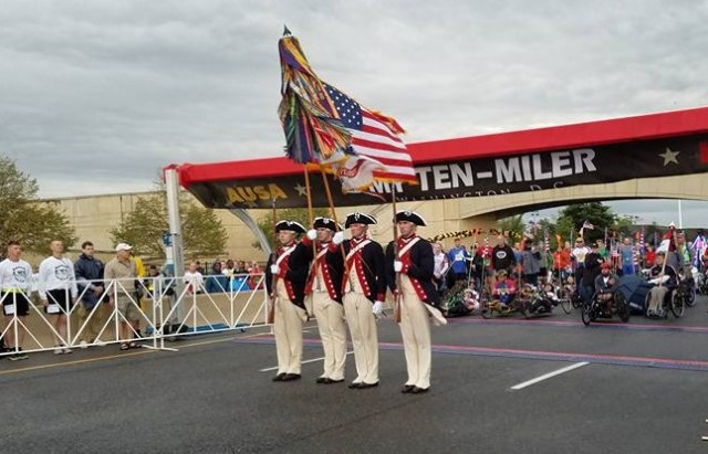 2016 Army Ten Miler. Old Guard (Photo by the Army Ten Miler)