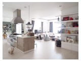 Dijual Belleza Permata Hijau 2 BR, 320 sqm, Sudah Renovasi