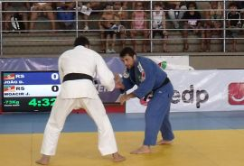 João Derly e Moacir Mendes Jr se enfrentaram na seletiva nacional | Foto: Lúcio Mattos / CBJ