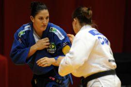 Com vitórias por ippon,           Mayra Aguiar é ouro no Grand Slam   Foto: Daniel Zappe / Fotocom.net