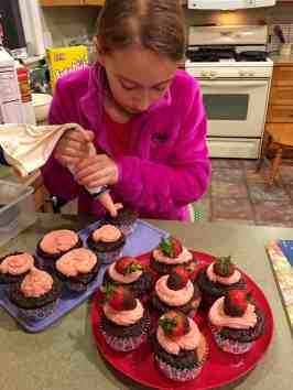 Real Strawberry Buttercream Frosting - Juggling With Julia