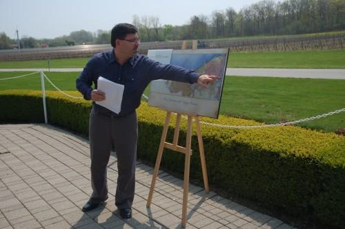 Paul Bosc Jr. expliquant les terroirs du Niagara