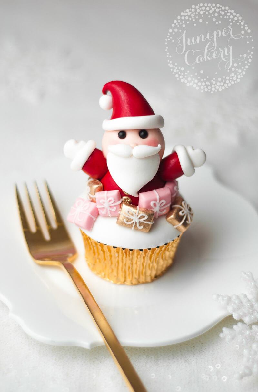 Festive Santa cupcake tutorial