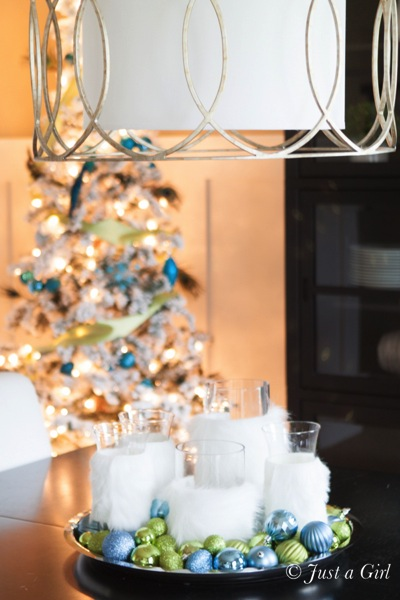 Sewing Table Joanns Thanks Chris! What an easy Christmas centerpiece idea that looks so ...