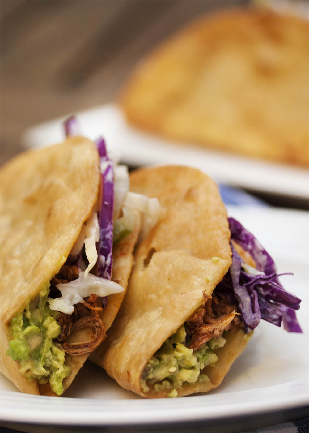 Braised Pulled Chicken Tacos - These tacos feature slow cooked chicken ...