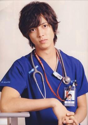 Tomohisa Yamashita alias Kousaku Aizawa