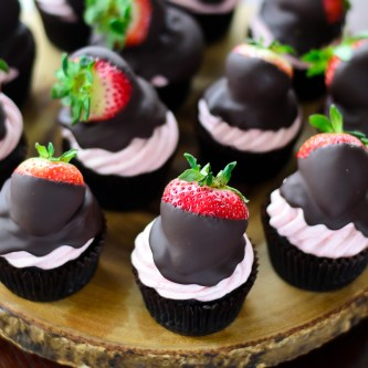 Chocolate Strawberry Cupcake 8b (1 of 1)