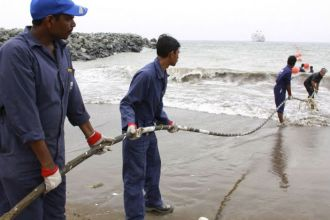 TEAM SETTING UP EAST AFRICAN SUBMARINE CABLES