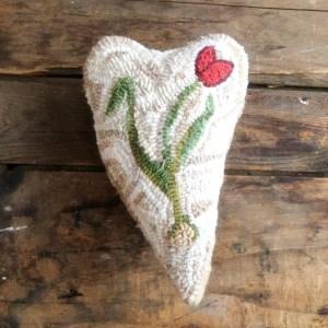 Tulip Hooked Heart Sachet