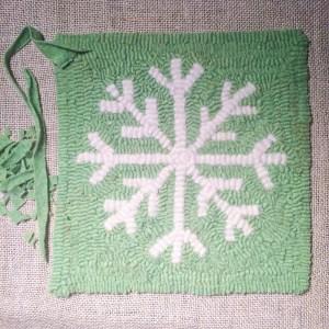 Snowflake Rug Hooking Pattern