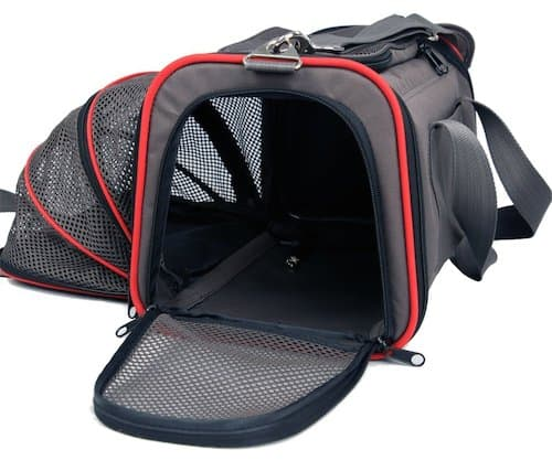 8 airline approved pet carriers for in cabin flights for Air travel with dog in cabin
