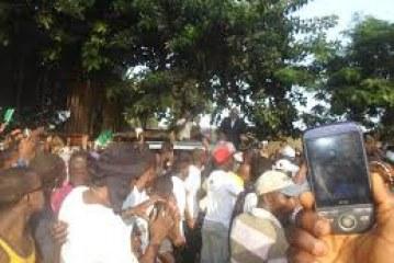 Dalein en campagne à Kaloum : on parle toujours de riz !