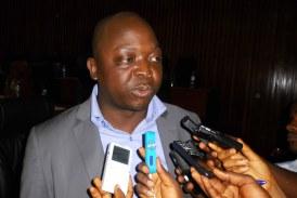 Le député Holomo Kony KOUROUMA solidaire au personnel parlementaire en grève