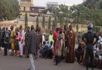 Retour d'Alpha Condé : Que cherchaient les ''Donzos'' à l'aéroport de Conakry ?