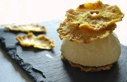 Recette mille-feuille de chips d'ananas bio et glace coco, dessert des éditions solar sur Kaderick en Kuizinn©