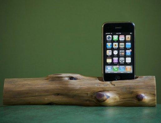 wooden_iphone_dock