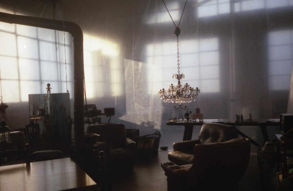 15 1996 casa scultura di cellofan fotoritratto
