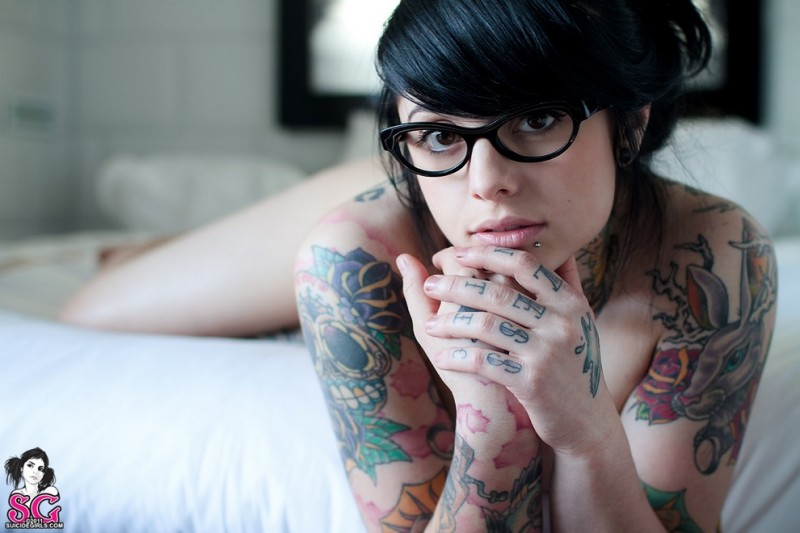 Suicide-Girls-1