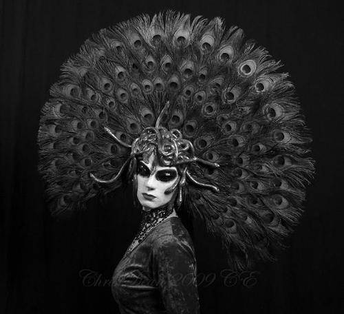 Symphony of Shadows. Marchesa Casati Medusa mask by Tanith Hicks, Photo by Chris Dean