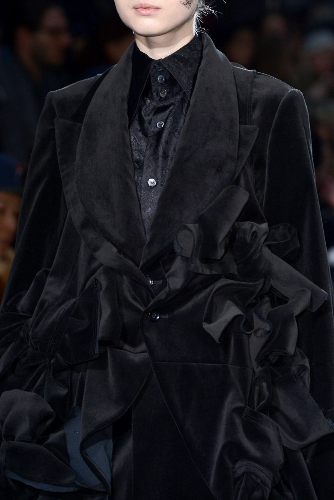 Comme des Garçons Fall 2013 Ready-to-Wear, via vogue.com8