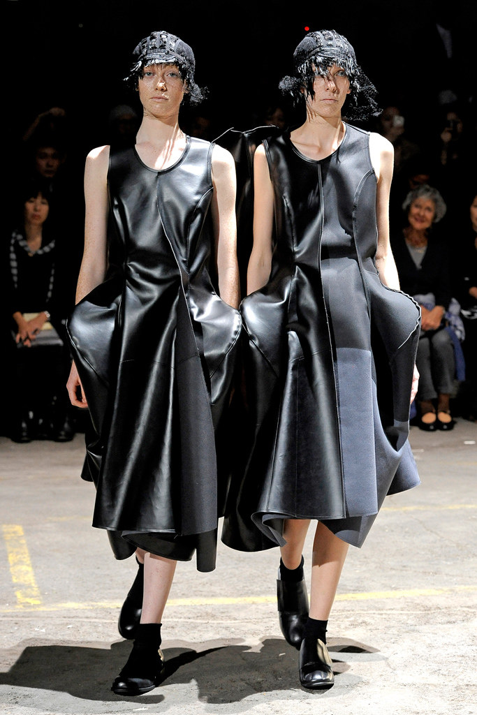 comme des garcons Spring 2011 Ready-to-Wear, via vogue.com