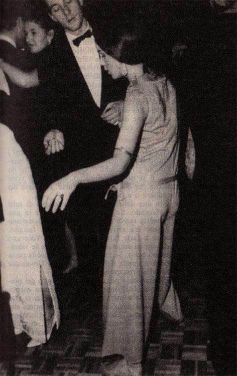 Edie a un ballo nel 1964