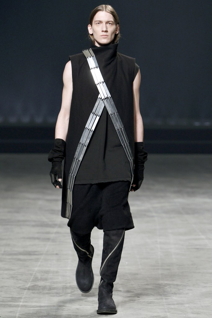 rick-owens-fall-2011-man-1