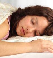 Turunkan Berat Badan dengan Tidur Telanjang