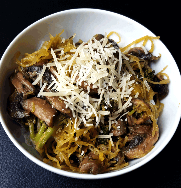 Spaghetti-Squash-and-mushrooms