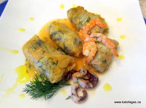 Seafood Cabbage Rolls (Λαχανοντολμάδες-με-Θαλασσινά)
