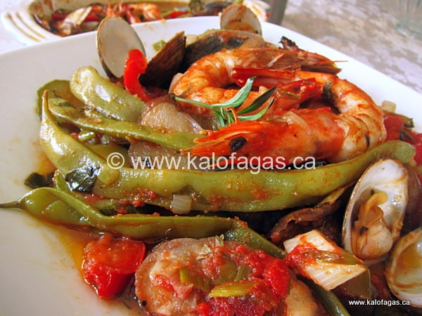 Tourlou With Seafood