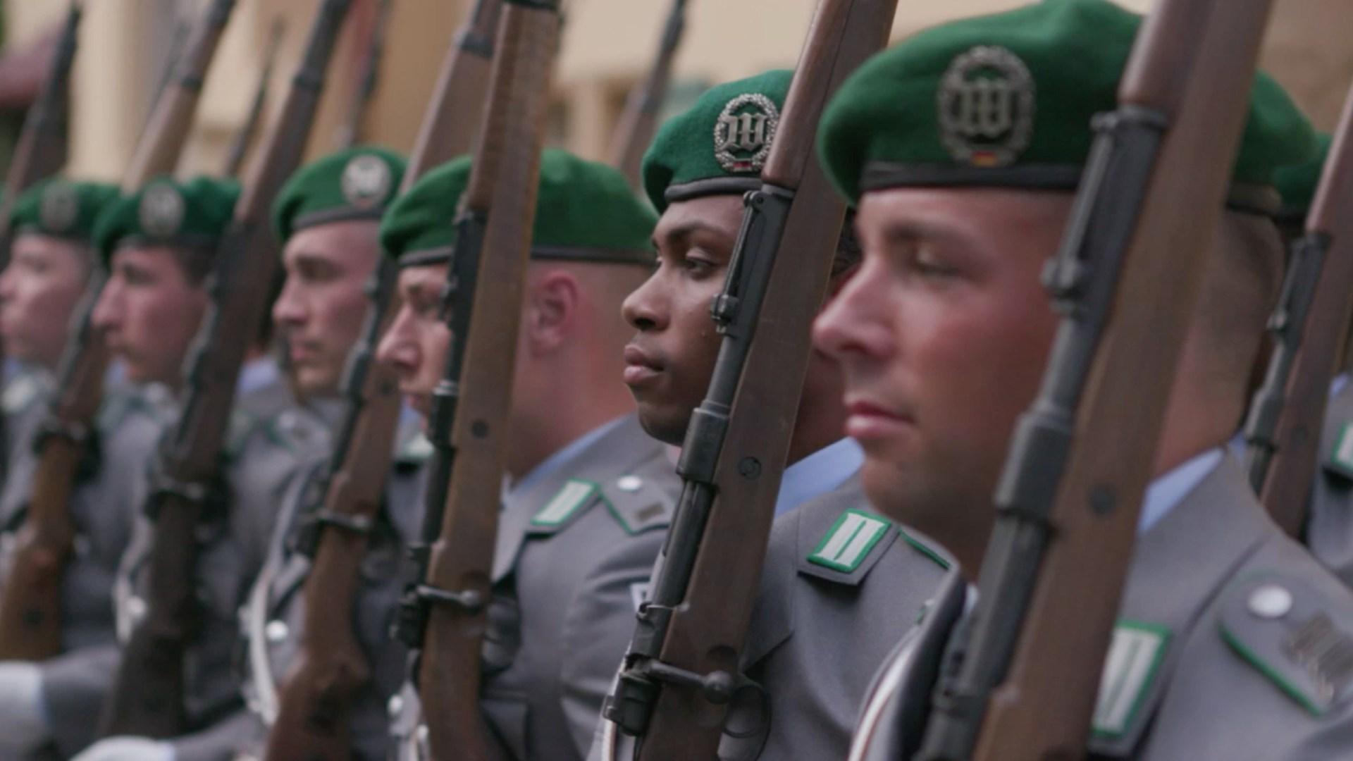 Die Bundeswehr wird bunter :-)