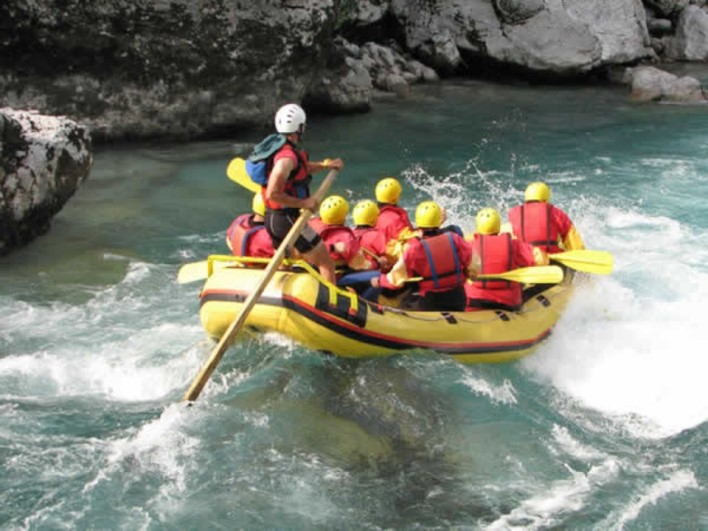 bheemeshwari white water-rafting. Photo source tushky.com