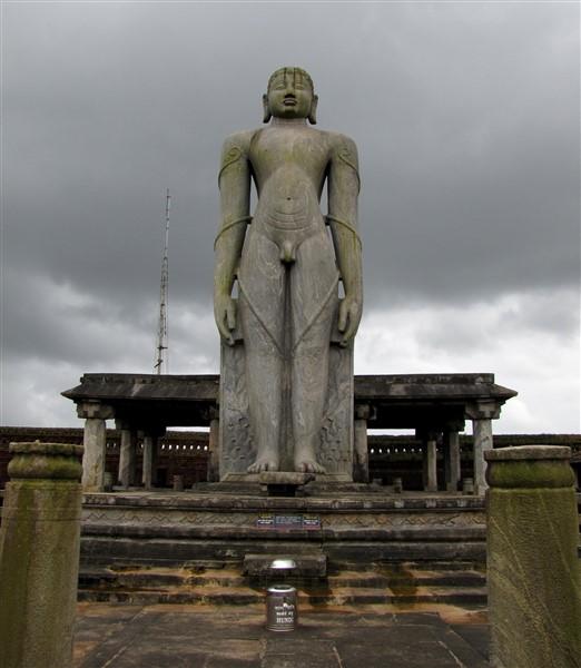 Gomateshwara Statue, Karkala. Photographer Vaikoovery