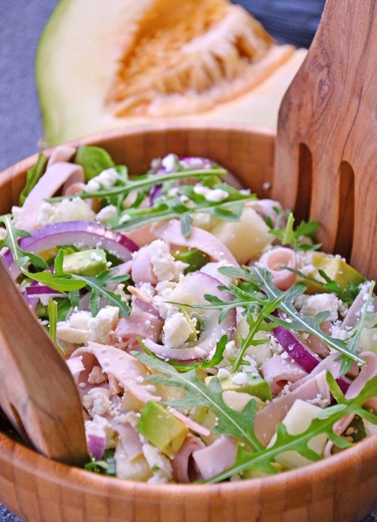 Salat med melon, fetaost og skinke