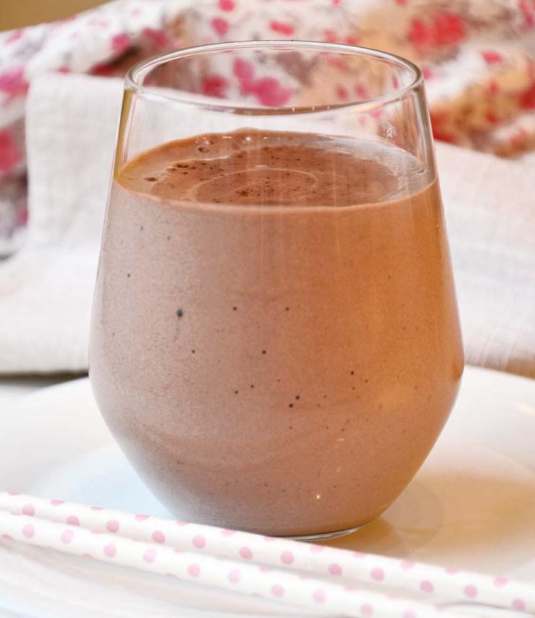 Sunn, proteinrik sjokoladesmoothie