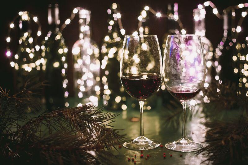 Business-Knigge für die Weihnachtsfeier. Bild: daaarta/photocase.de