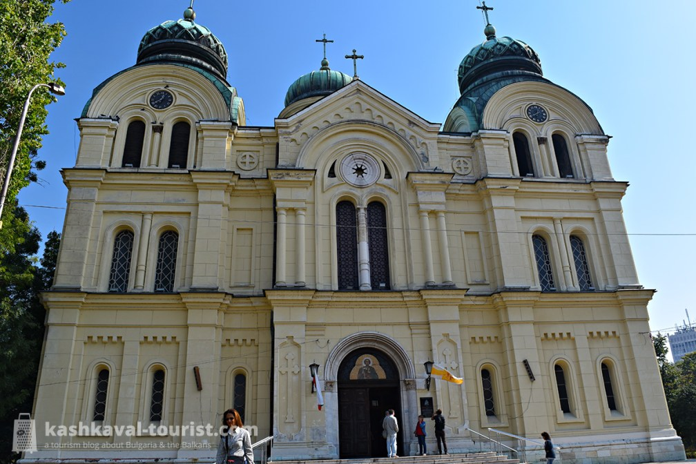 Pay your respects to the Northwest's biggest church: the Cathedral of St Demetrius