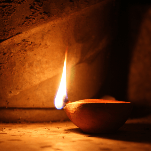 oil lamp in ancient times