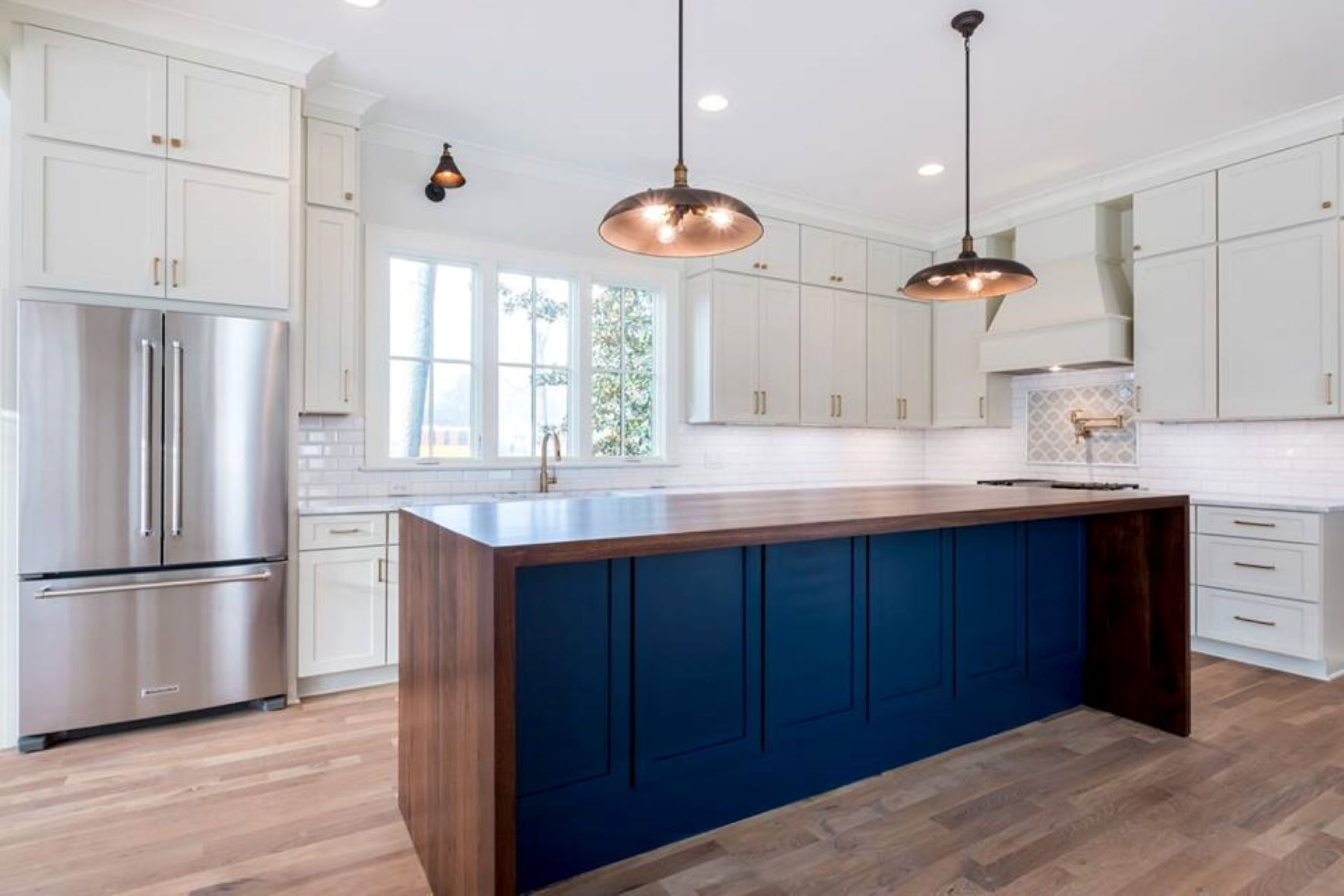 kbkitchen custom kitchen countertops KB Kitchen and Bath offers the highest quality kitchen and bath cabinetry and countertops from the best most trusted manufacturers in the industry