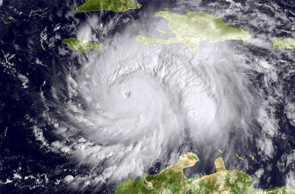 hurricane-matthew-101116
