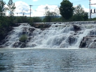View of the Ticonderoga Waterfall.