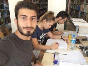 Ders çalışırken