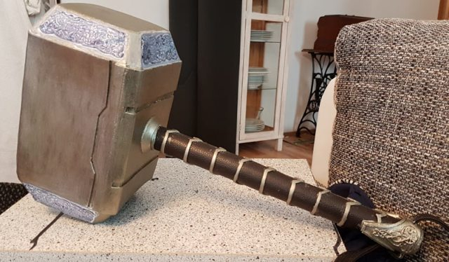 KesCosplay_Mjolnir_handle_Detail