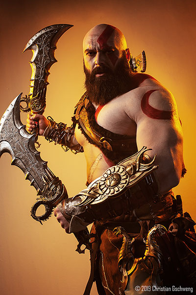 Kratos Cosplay God of War