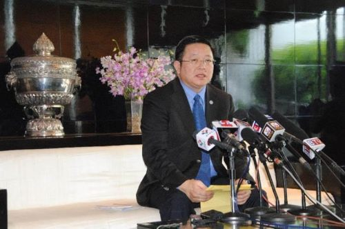 Kao Kim Hourn, Minister Attached to Cambodian Prime Minister Hun Sen, speaks at a press conference in Phnom Penh, Cambodia, Oct. 17, 2015. China has been playing an active role in helping developing countries around the world to boost their economies and reduce poverty, Kao Kim Hourn said on Saturday. (Xinhua/Nary)