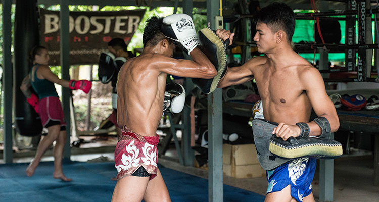 Kiatphontip gym Muaythai training